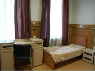 1 Bed in 3-Bed Dormitory