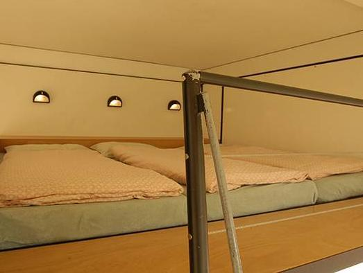 Habitació Sèxtuple amb Bany Compartit (Sextuple Room with Shared Bathroom)