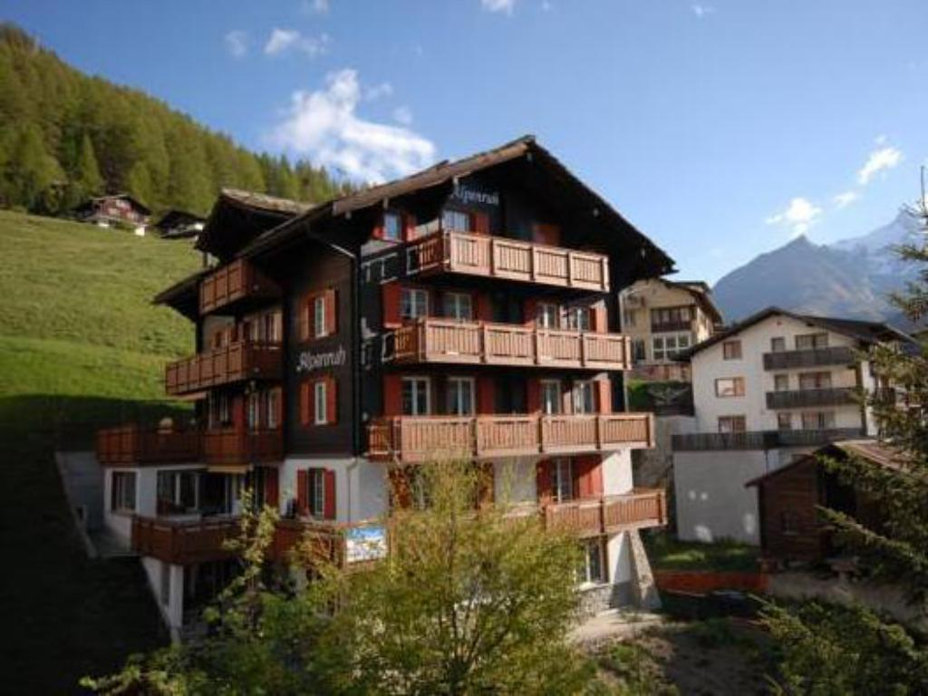 More about Chalet Alpenruh