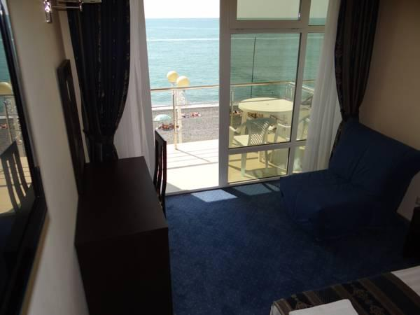 Doppel- oder Zweibettzimmer mit Meerblick und Balkon (Double or Twin Room with Sea View and Balcony)