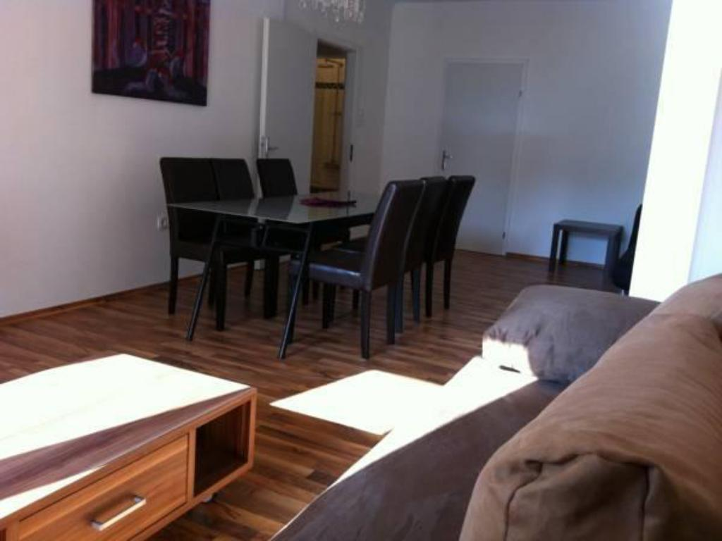 Apartament (5 Adults) govienna - Messe Wien Apartment