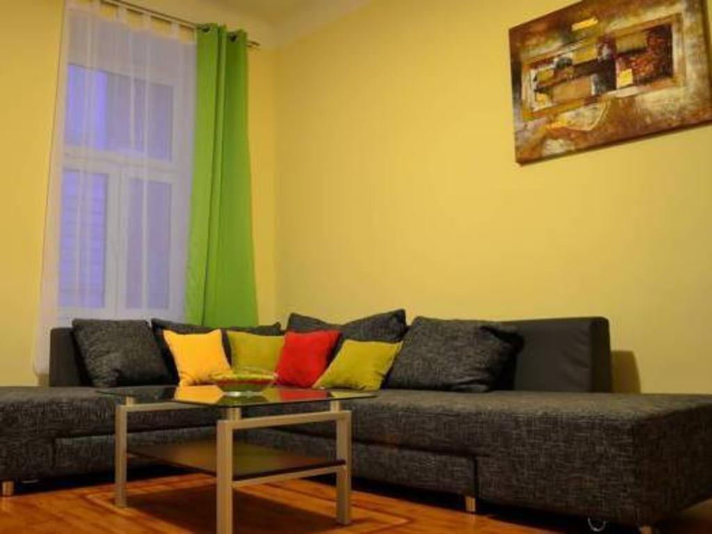 Apartment - Quellenstraße - Lounge govienna - Family Apartments