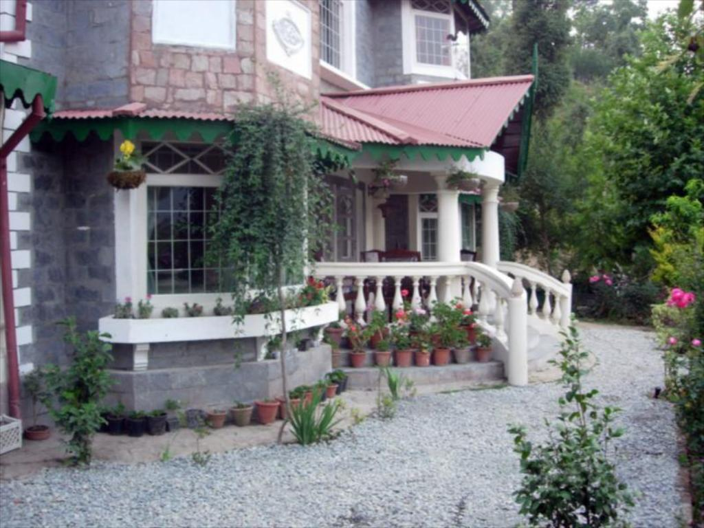 WelcomHeritage Taradale Cottage,Ramgarh