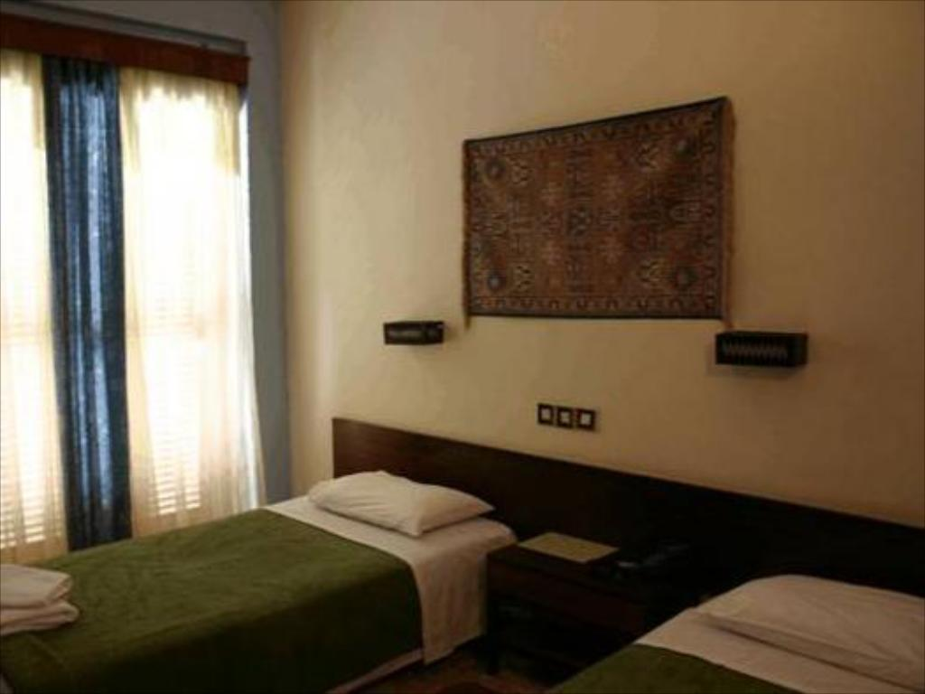 Double or Twin Room Hotel Letrina
