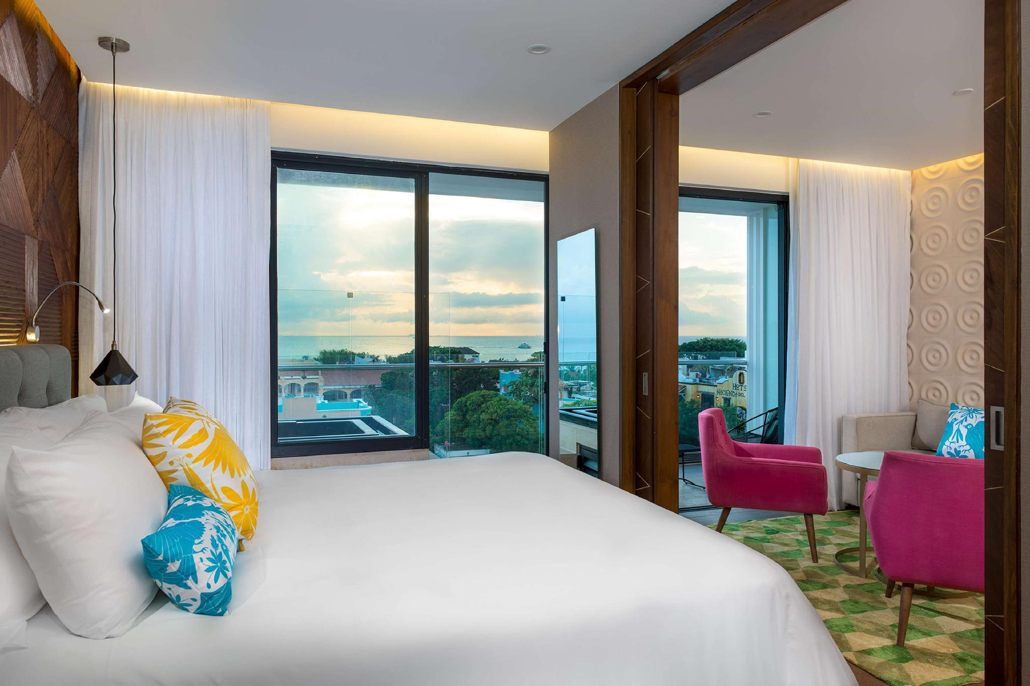 1 King Bed 1 Bedroom Suite Whrlpl/Partialial Ocean View