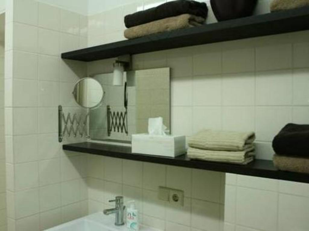 Bathroom Mart Apartment