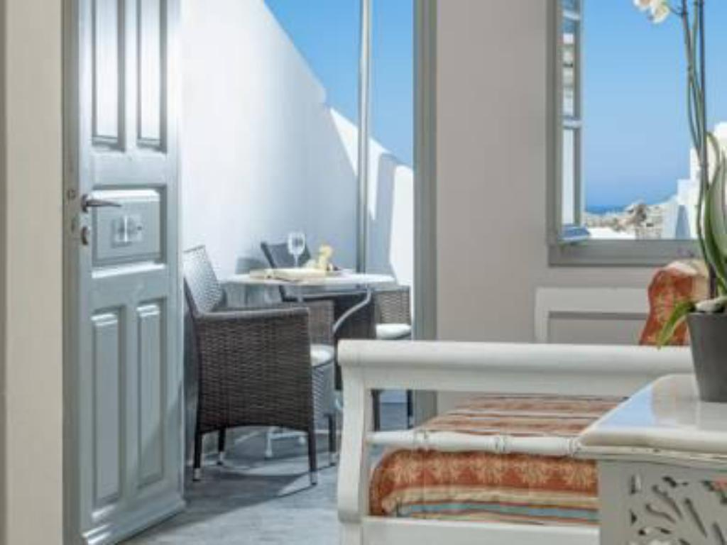 Standard Suite with Sea View - Guestroom Alta Mare by Andronis