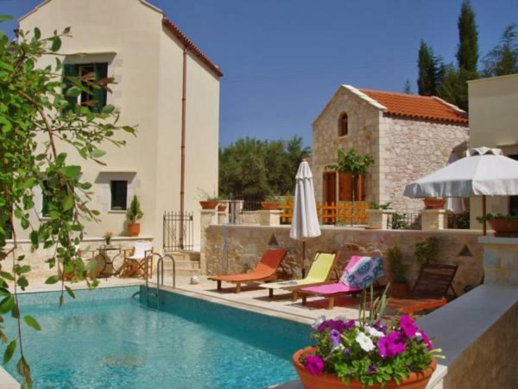 Swimming pool Helianthos Traditional Villas