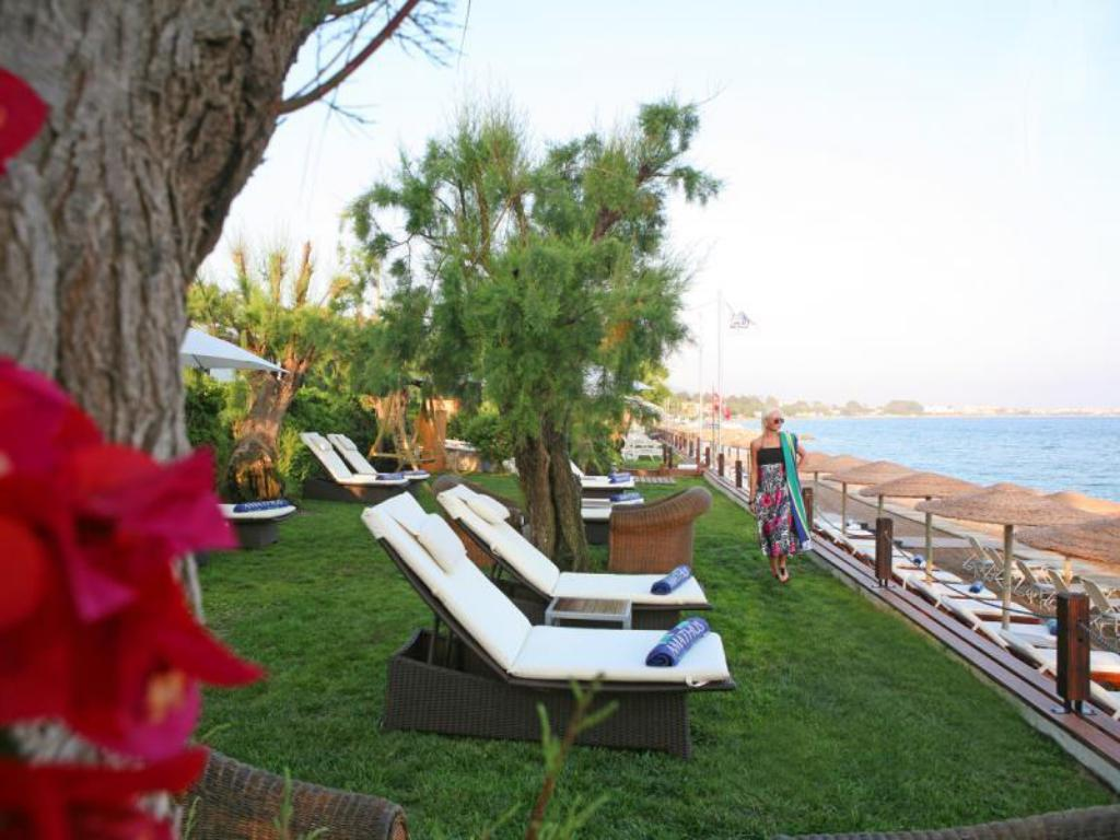 Beach Elite Suites by Amathus Hotel