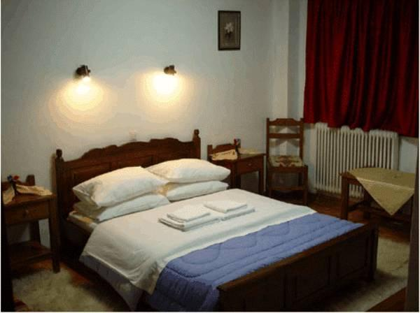 Doppelzimmer mit Kamin (2 Erwachsene + 1 Kind)  (Double Room with Fireplace (2 Adults + 1 Child))