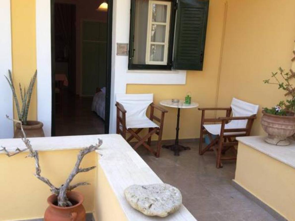 Studio with Side Sea View - Guestroom Casa Di Sonia