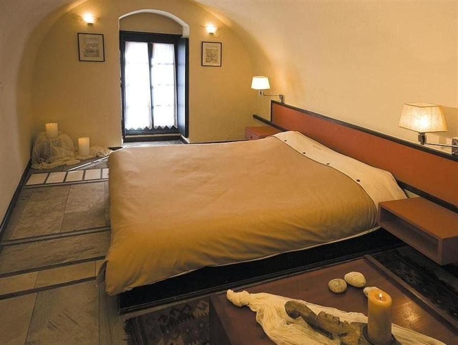Camera Matrimoniale Budget con Vista Parziale (Budget Double Room with Partial View)