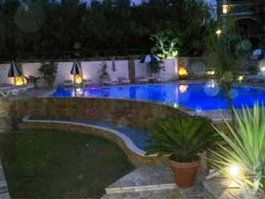 Swimming pool Ionian Aura