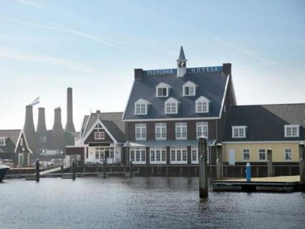 Restaurants In Huizen : Best price on fletcher hotel restaurant nautisch kwartier in