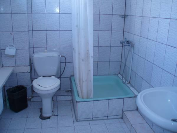 Quadrupla con Stanza da Bagno Privata (Quadruple Room with Private Bathroom)