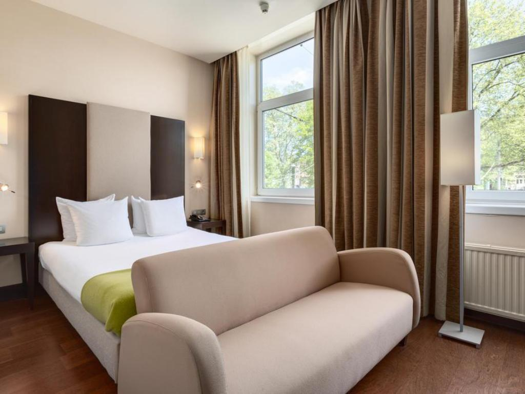 NH Amsterdam Centre in Netherlands - Room Deals, Photos & Reviews
