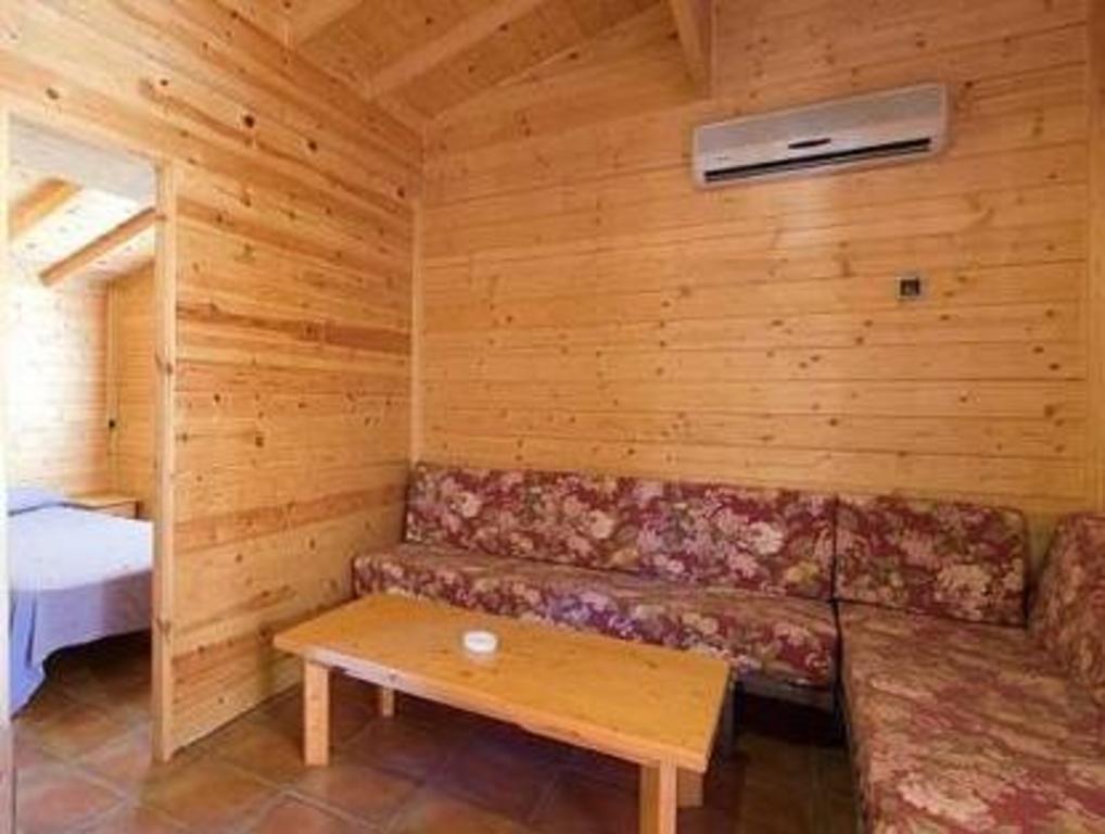 Camping caledonia tarragona ofertas de ltimo minuto en camping caledonia tarragona - Camping interior tarragona ...