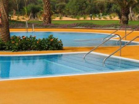 Swimming pool Hotel AR Golf Almerimar