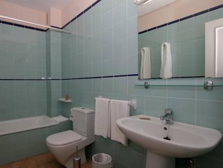 Apartament cu 1 dormitor (One-Bedroom Apartment (2 Adults + 2 Children under 12 years old))