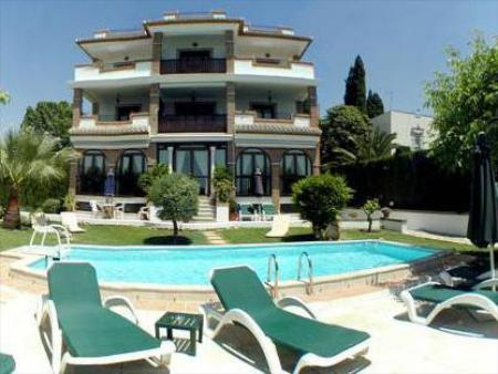 Swimming pool Villa Sur