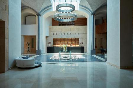 Empfangshalle Cavo Olympo Luxury Hotel & Spa - Adult Only