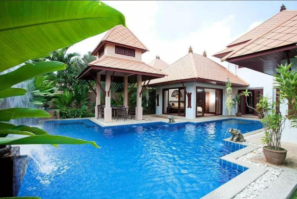 Exterior view Villa Fantasea 4 Bedroom Balinese Pool Villa