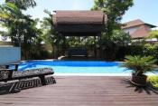 Amazing 3 bedroom property with private pool