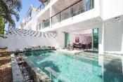 4 bedroom golf Villa sleeps 8 Phuket