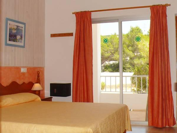 Superior Doppia Vista Mare (Superior Double Room with Sea View)