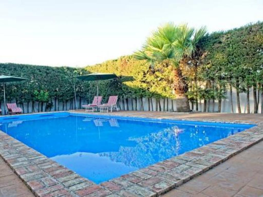Swimming pool Casa-Cortijo Rural Majalcoron