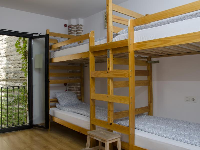 1 Person in 6-Bed Dormitory with En-Suite - Female Only