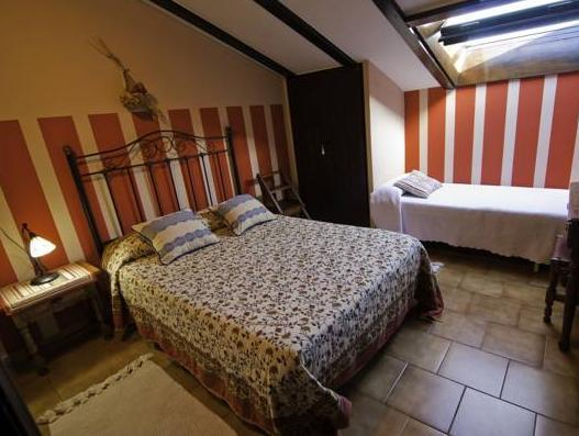 Cameră dublă sau twin cu terasă (Double or Twin Room with Terrace)