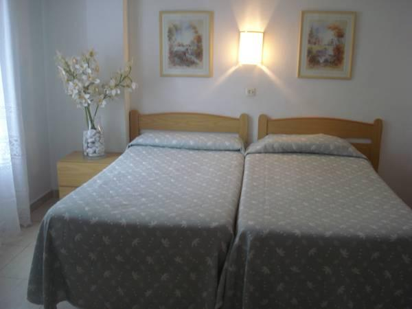 Matrimoniale o Doppia con Letti Separati con Stanza da Bagno Privata (Double or Twin Room with Private Bathroom)
