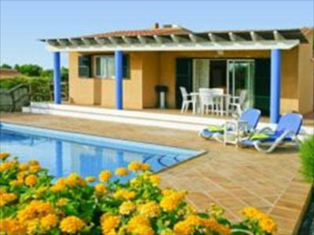 More about Villas Menorca Sur