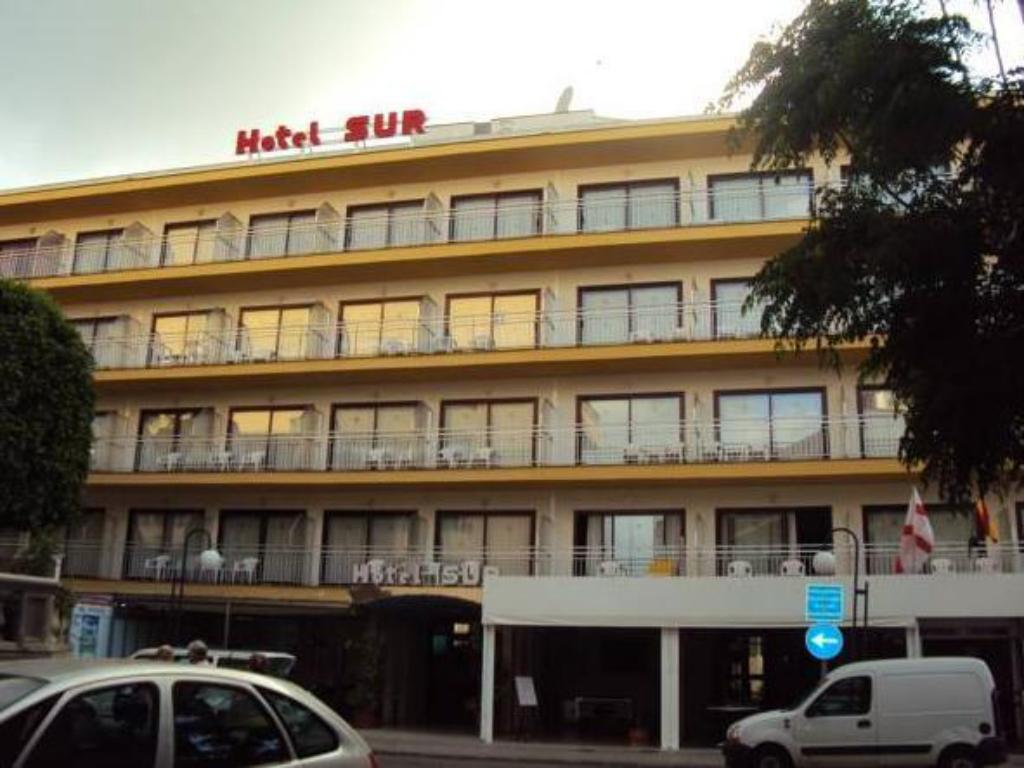 More about Hotel Sur