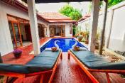 Luxury 6 beds Villa private pool near best beach.