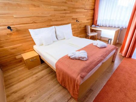 Superior Double or Twin Room Park Holiday Congress & Wellness Hotel