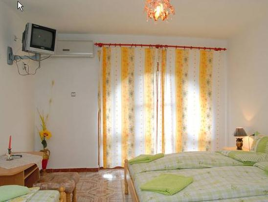 Deluxe Triple Room with Balcony