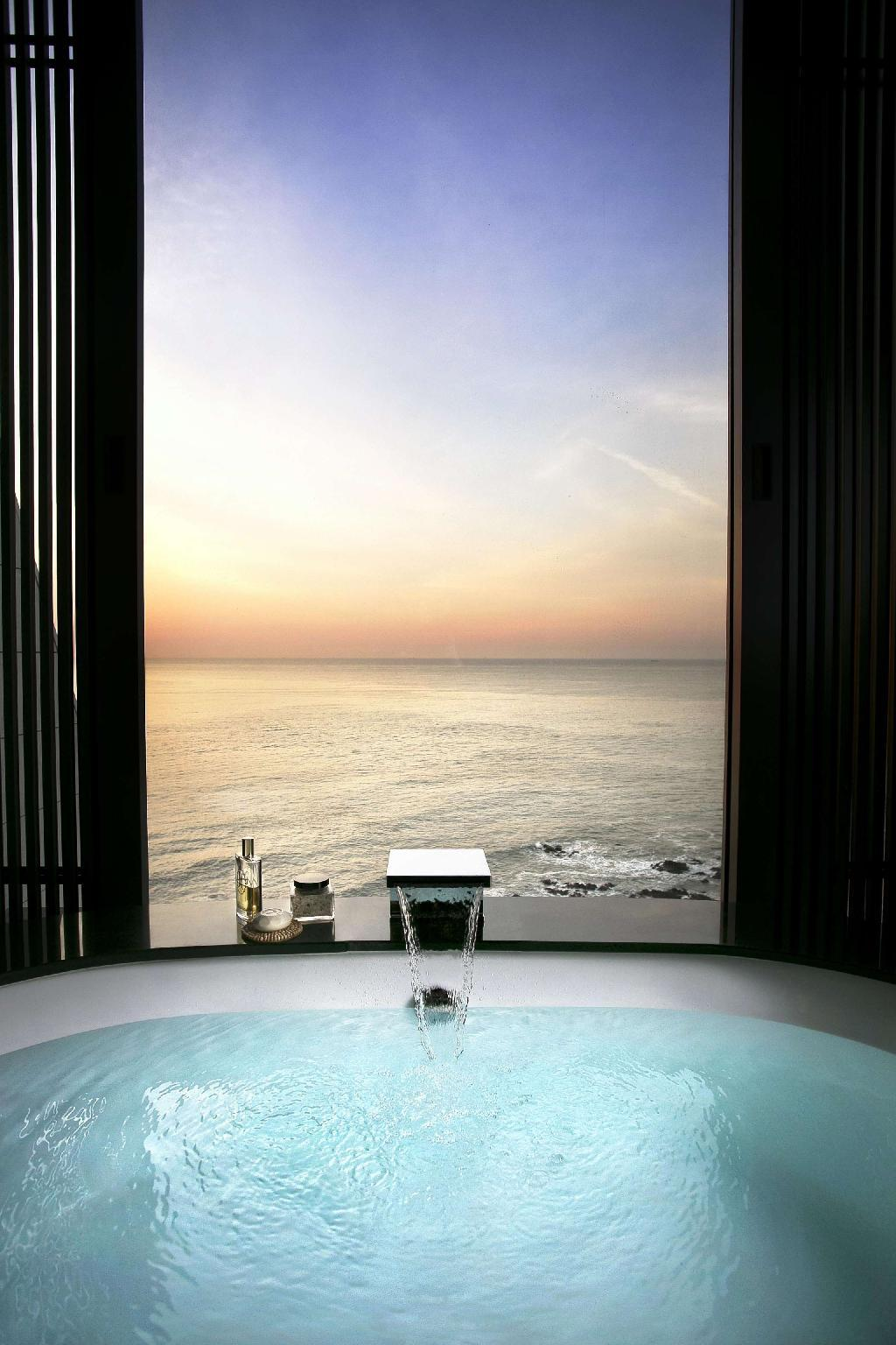 King Premium Room Ocean View