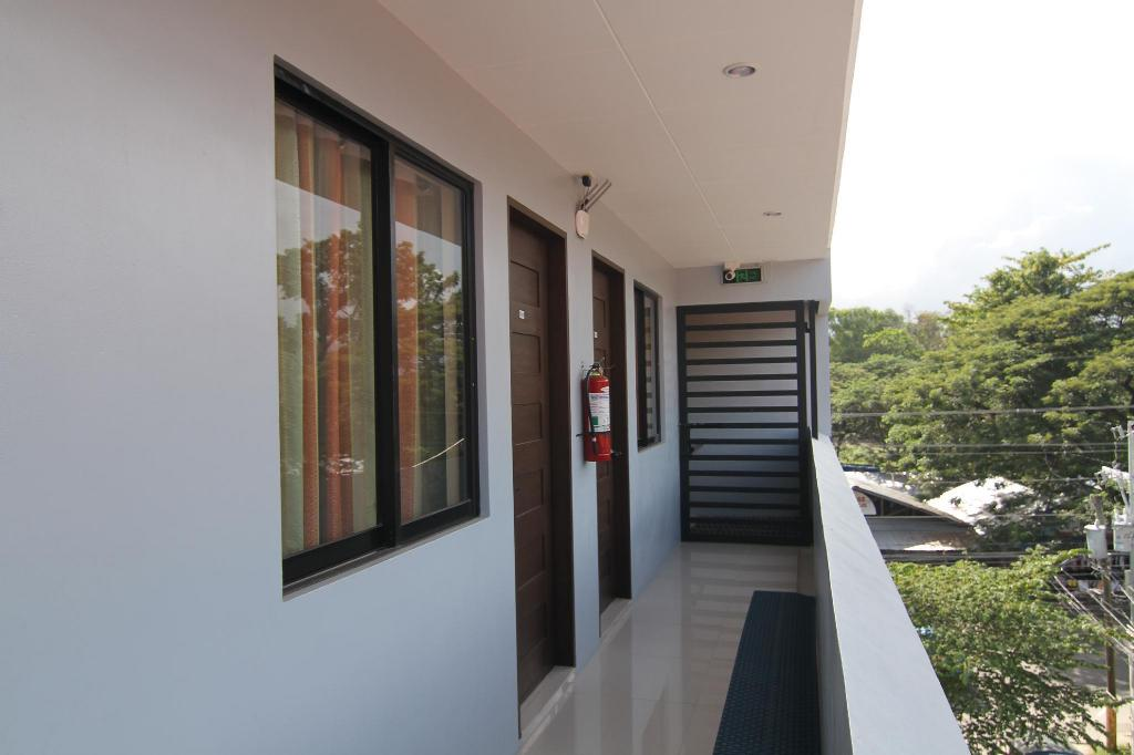 c826fd8fe Dino Residences in Dumaguete - Room Deals, Photos & Reviews