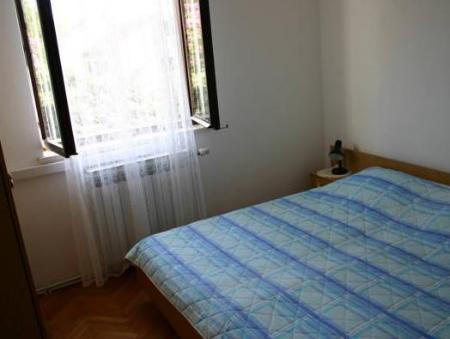 Two-Bedroom Apartment with Balcony (4 Adults) Apartments Miljanic