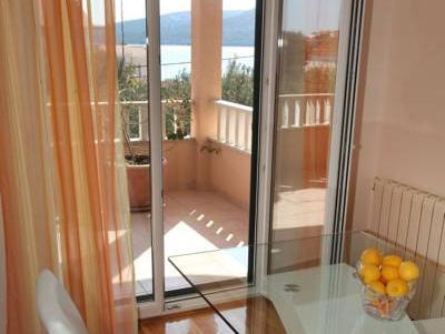Appartamento con 2 Camere (2 Bedroom Apartment)