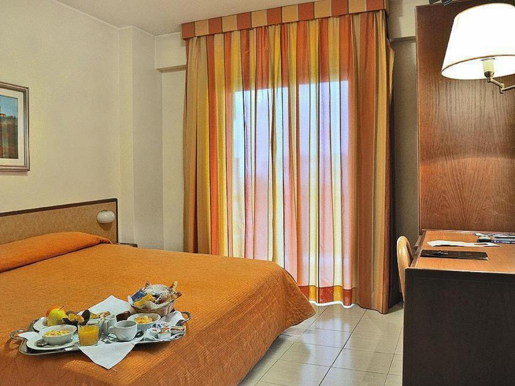 Economy Double or Twin Room Pineta Palace Hotel