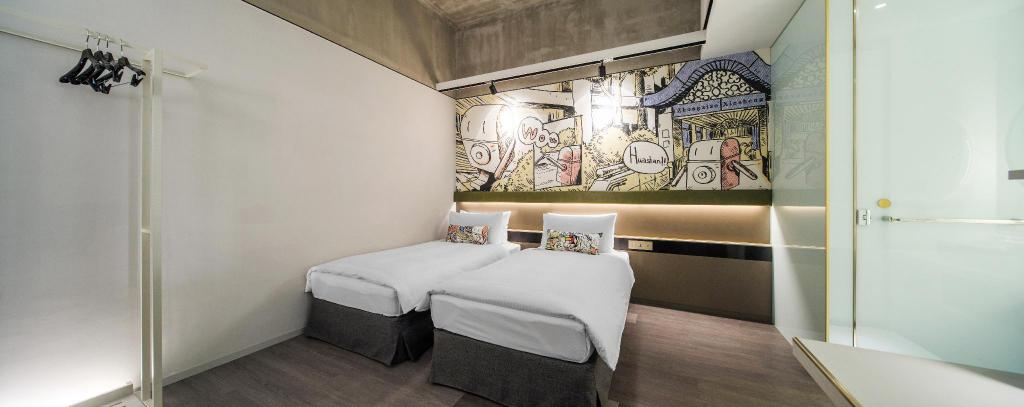 Standard Twin Room - Bed Hua Shan Din by Cosmos Creation - Huashan 1914 Creative Park