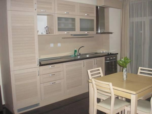 Appartamento con 2 Camere (Two-Bedroom Apartment)