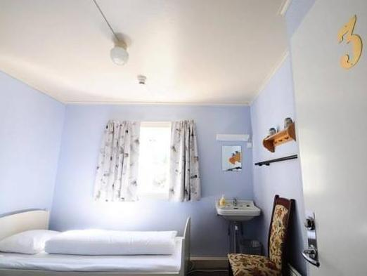 Doppia con Stanza da Bagno (Double Room with Bathroom)