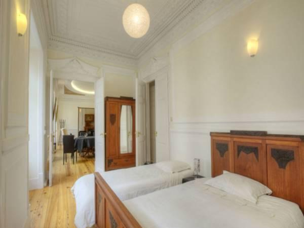 Appartamento Luxury con 4 Camere da Letto (Luxury Four-Bedroom Apartment)