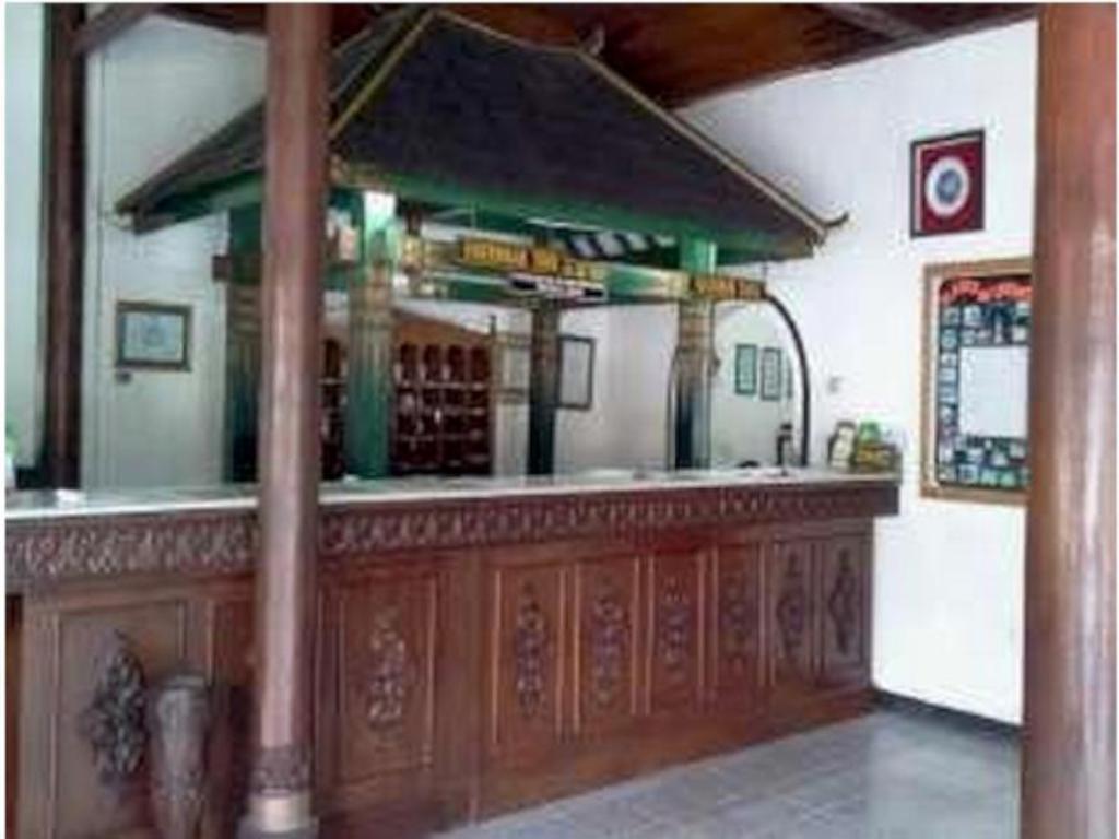 Best Price on Hotel Batik Yogyakarta in Yogyakarta  Reviews