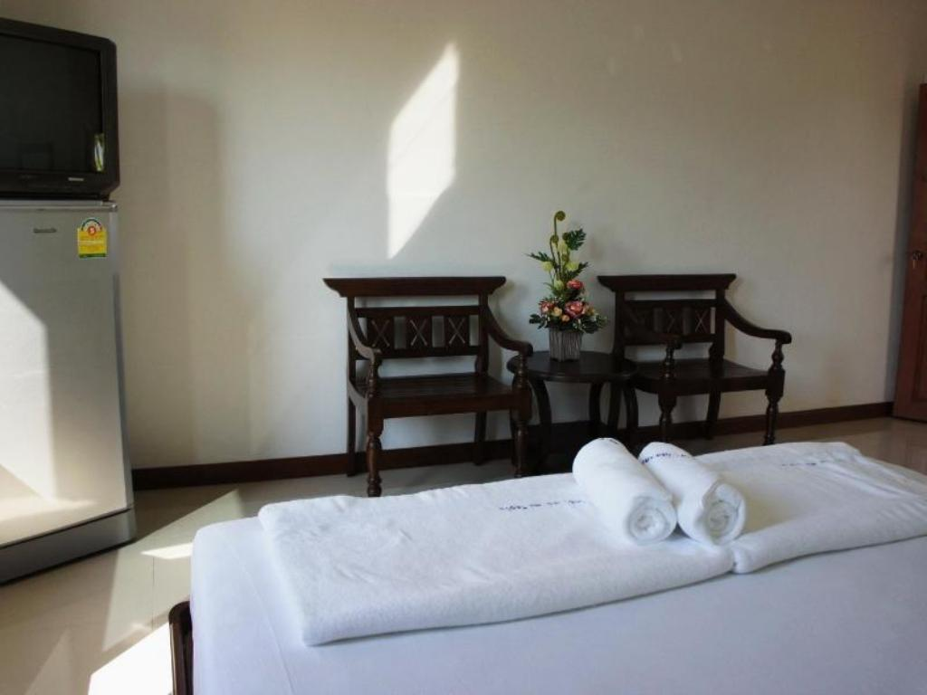 Standard Double Bed Villa De Loei