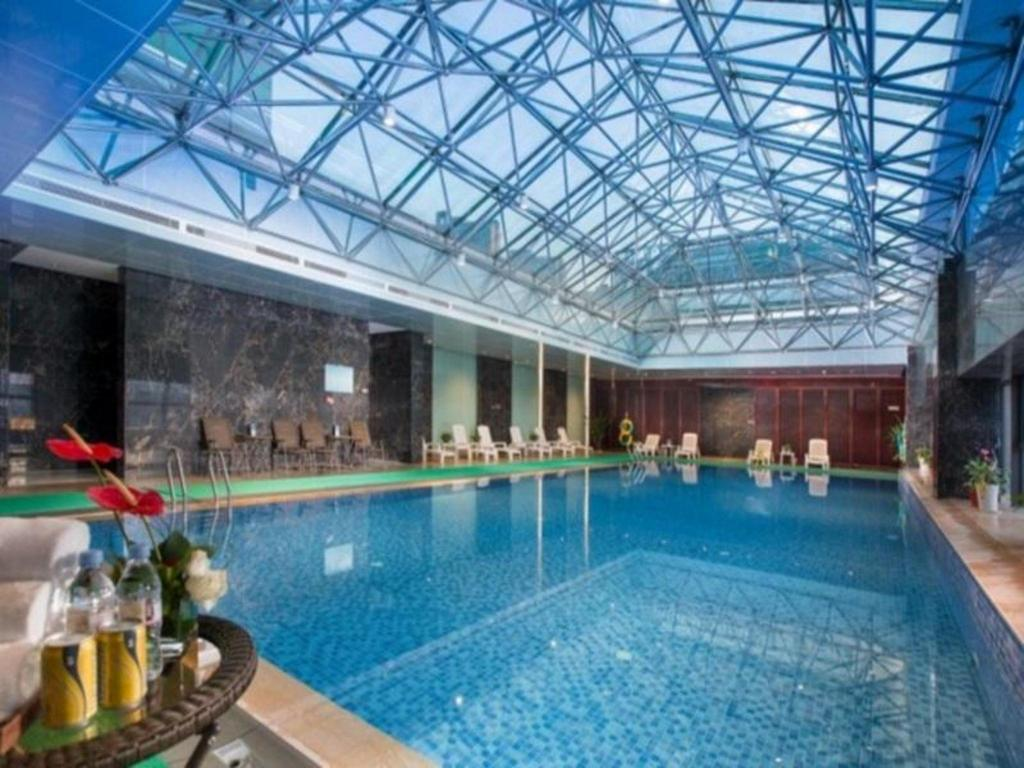 Swimming pool Shaoxing Tianma Hotel